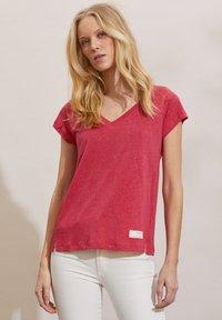 Odd Molly - BETH - Basic T-shirt - pink fudge - 3