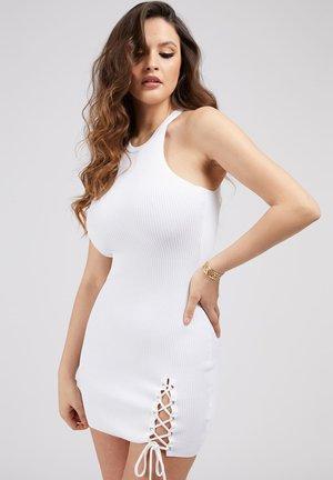 ALEXA TIE  - Shift dress - weiß