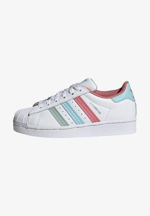 SUPERSTAR UNISEX - Sneakers laag - white/hazy rose/sky