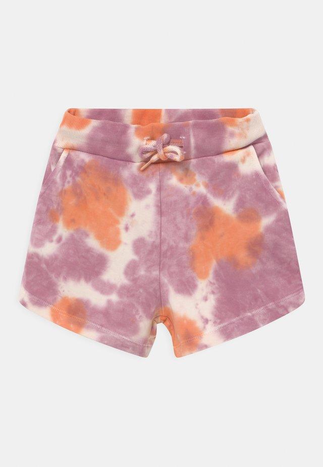 TRILLE  - Shorts - nectarine