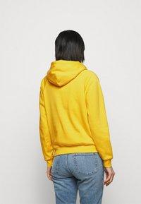 Polo Ralph Lauren - FEATHERWEIGHT - Felpa con cappuccio - university yellow - 2