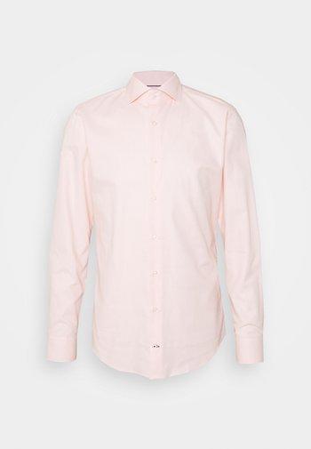 PANKO - Formal shirt - pastel pink