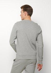 Jack & Jones - JACLOUNGE SET - Pyjamas - light grey melange - 2