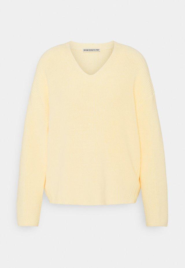 MERINA - Sweter - gelb