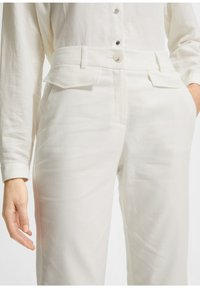 comma - Trousers - white - 3