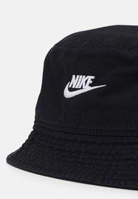 Nike Sportswear - BUCKET FUTURA WASH UNISEX - Cappello - black/white - 3