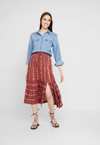 Louche - TIMO FOLKSTRIPE - A-line skirt - red - 1