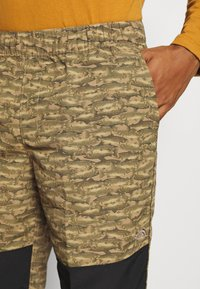 The North Face - CLASS PANT - Kalhoty - tan/black - 4