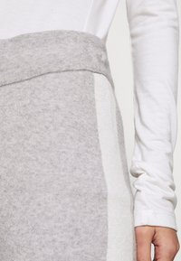 River Island - Tracksuit bottoms - grey marl - 4