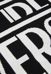 Versace Jeans Couture - UNISEX - Šála - black/white - 4