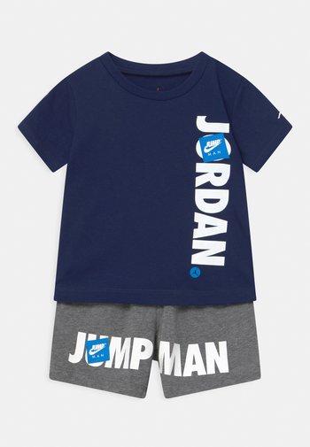 JUMPMAN SET UNISEX - T-shirt con stampa - carbon heather
