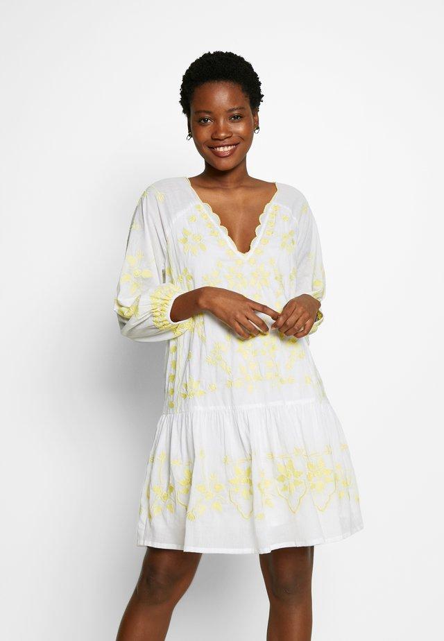 DELIA KAFTAN - Korte jurk - lemon