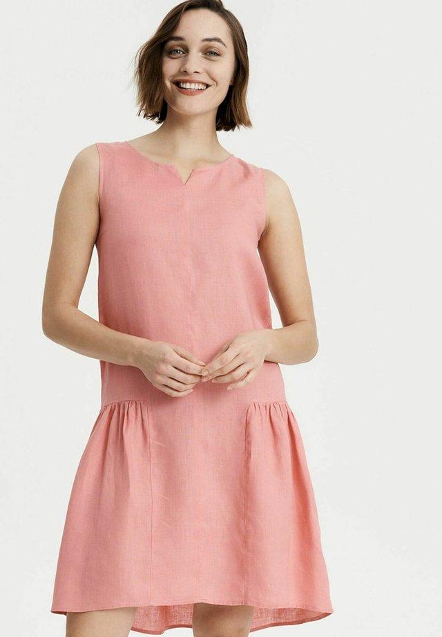 Day dress - strawberry ice