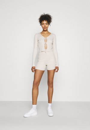 TIE FRONT & CYLING SHORT SET - Cardigan - stone