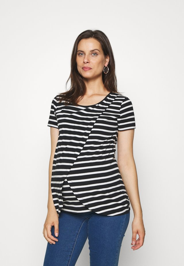 MLOLINA IRIS - T-shirt z nadrukiem - black/snow white
