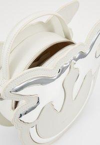 Pinko - LUCKY - Across body bag - white - 4