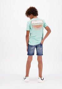 Vingino - CARLISIO - Denim shorts - cruziale blue - 1