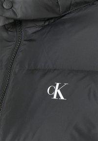 Calvin Klein Jeans - ESSENTIALS JACKET - Down jacket - black - 2