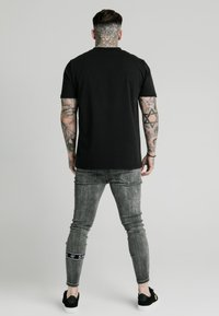 SIKSILK - BURST KNEE - Jeans Skinny Fit - washed black - 2