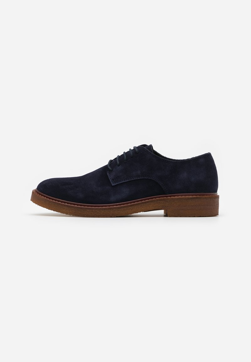 Selected Homme - SLHLUKE DERBY SHOE - Smart lace-ups - sky captain