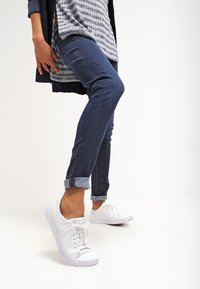 Pepe Jeans - SOHO - Jeans Skinny Fit - H45 - 3