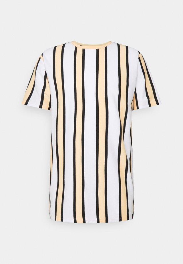 RAMIREZ TEE - T-shirt imprimé - white/peach fuzz/ black