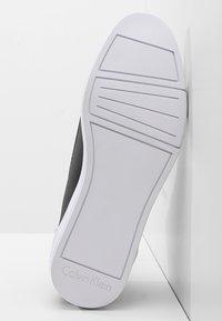 Calvin Klein - BERKE - Sneakers alte - black - 4