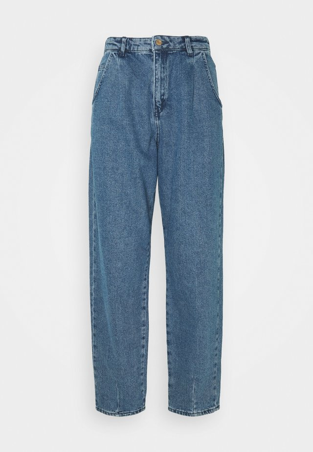 ONLVERNA BALLOON - Relaxed fit jeans - medium blue denim