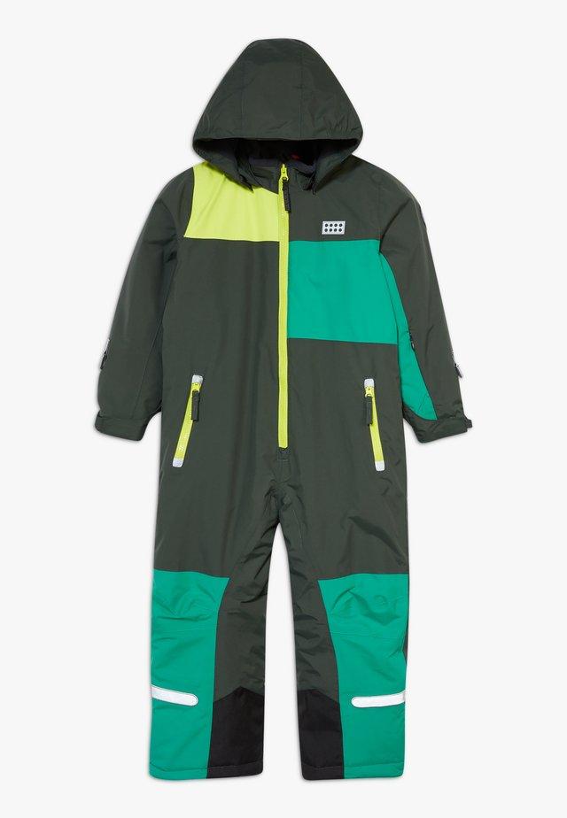 LWJIPE SNOWSUIT - Tuta da neve - dark green