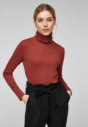 MIT ROLLKRAGEN - Long sleeved top - rust red
