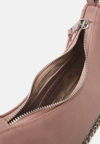 Steve Madden - BVITAL SET - Handbag - blush - 2