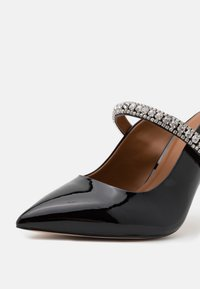 Kurt Geiger London - DUKE - Heeled mules - black