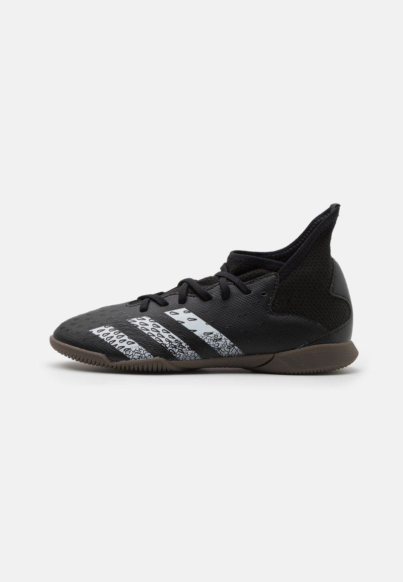 adidas Performance - PREDATOR FREAK .3 IN UNISEX - Indoor football boots - core black/footwear white
