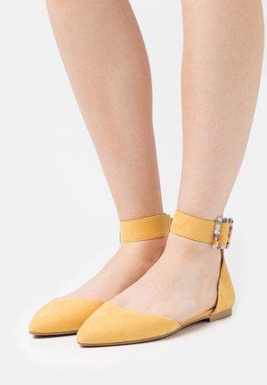 ONLANAS LIFE BUCKLE - Bailarinas con hebilla - yellow