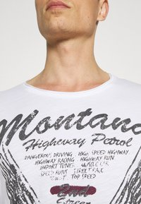 Key Largo - TIRES ROUND - Print T-shirt - white - 5