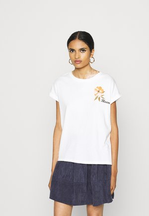 VMVENJAAVA WIDE BOX  - Print T-shirt - white