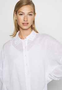 Nly by Nelly - SUMMER - Button-down blouse - white - 3