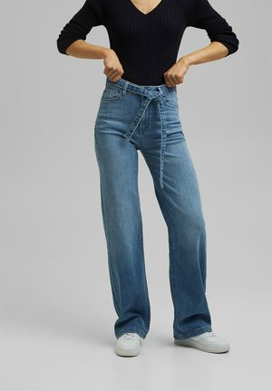 Bootcut jeans - blue light washed