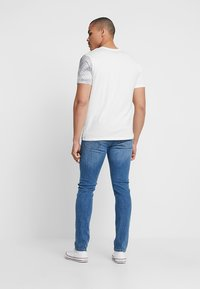 Jack & Jones - JJIGLENN JJORIGINAL - Jeans slim fit - blue denim