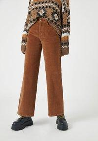 PULL&BEAR - Bukser - mottled brown - 0