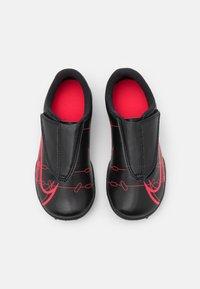 Nike Performance - MERCURIAL JR VAPOR 14 CLUB TF UNISEX - Astro turf trainers - black/cyber - 3