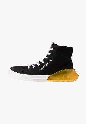 MERLIN - Sneakersy wysokie - black/lemon chrome