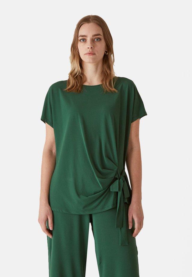 Pantaloni - verde