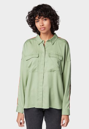Button-down blouse - light mint green