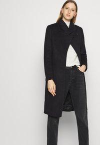 Bruuns Bazaar - JASMINA PERLE COAT - Klasický kabát - black - 3