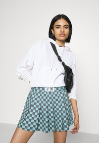 NEW girl ORDER - CHECKERBOARD SKIRT - Plisséskjørt - black/green - 3