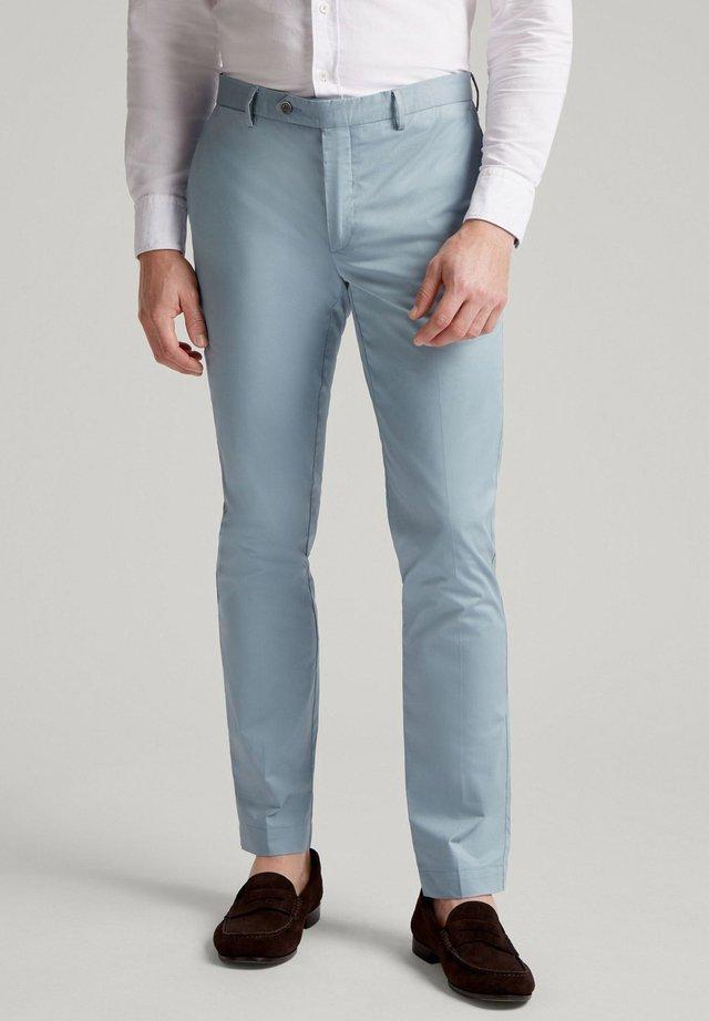 Pantalones chinos - tempest blu