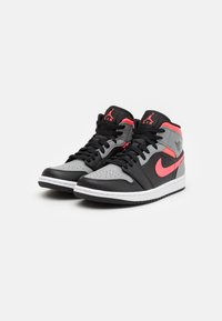 Jordan - AIR 1 MID - Sneaker high - black/hot punch/white/particle grey - 1