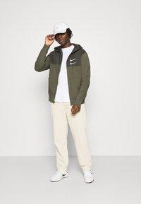 Nike Sportswear - HOODIE - Mikina na zip - twilight marsh/white - 1