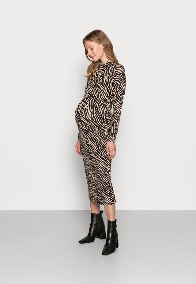 MLSAIDY DRESS - Žerzejové šaty - black/oatmeal